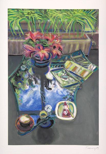 Glastisch mit Blumen I