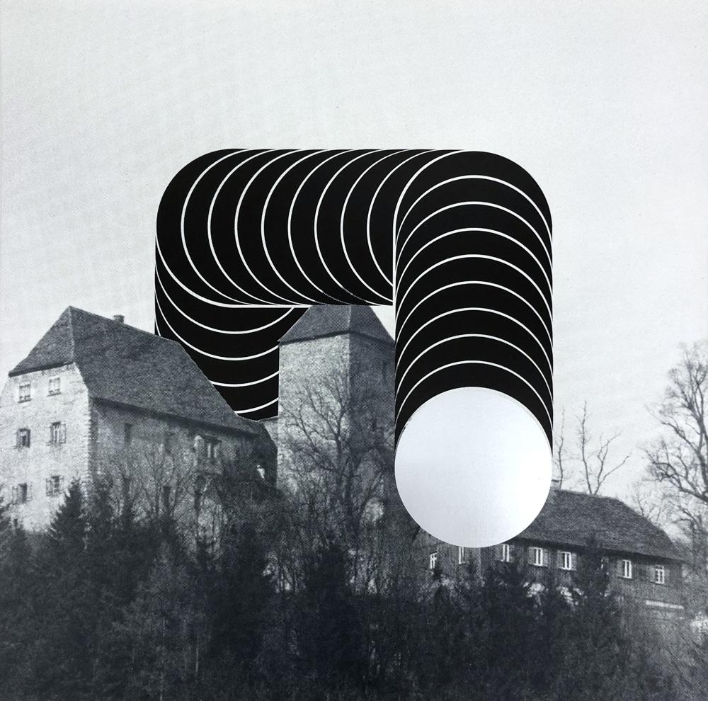 Schichtskulptur auf Burg Tierberg, 1975