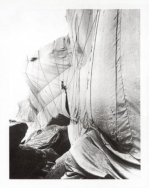 Wrapped Coast, Australia 1969